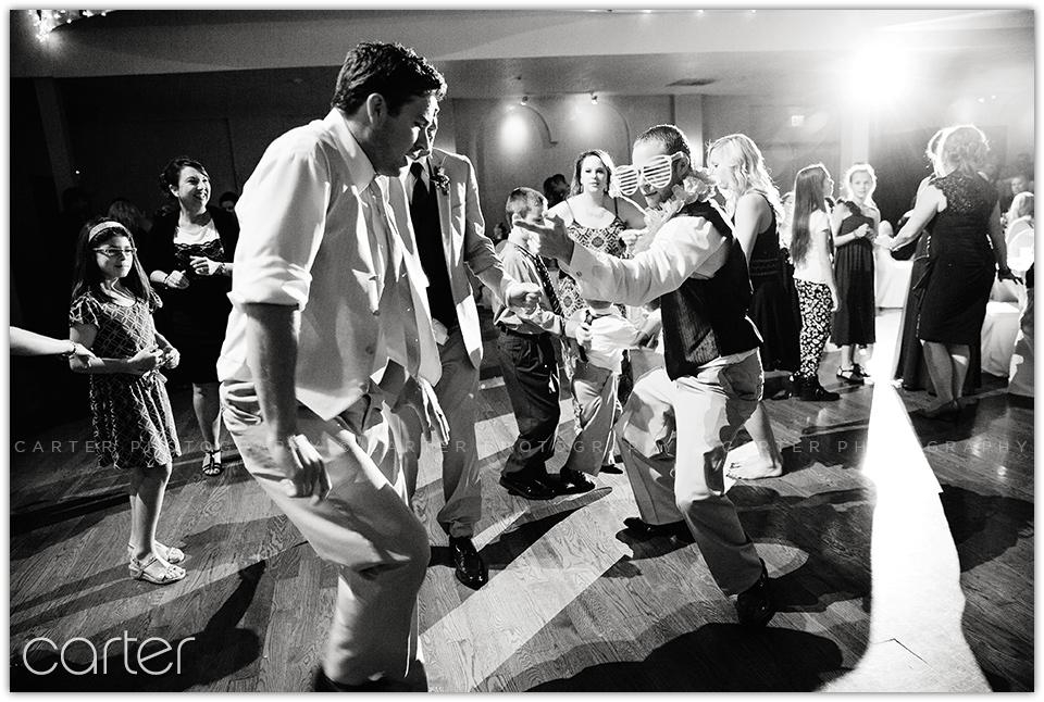 Kansas City Wedding Photographers - Carter Photography - Loose Park The Madrid