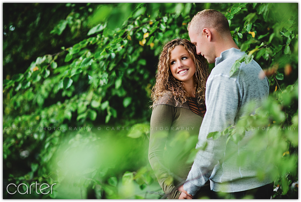 Kansas City Loose Park Engagement Session - Carter Photography