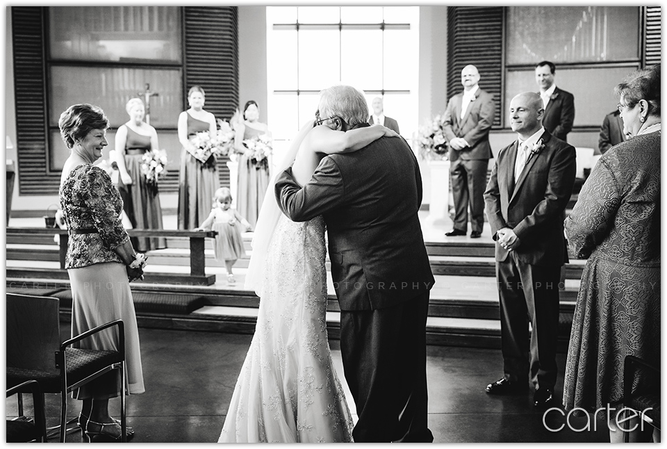 Cedar Rapids Iowa Wedding Photographers Paramount Theatre - Carter Photography