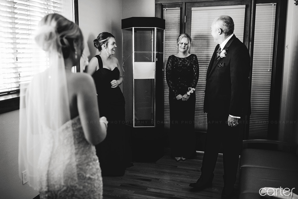 Cedar Rapids Marriott Iowa Wedding Photographers - Carter Photography