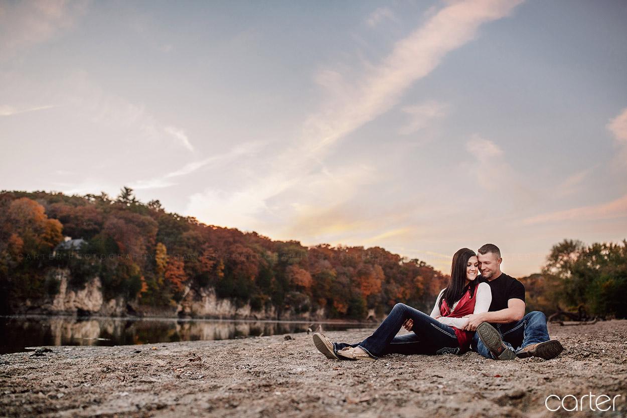 Cedar Rapids Iowa Photographers Palisades Engagement Pictures - Carter Photography