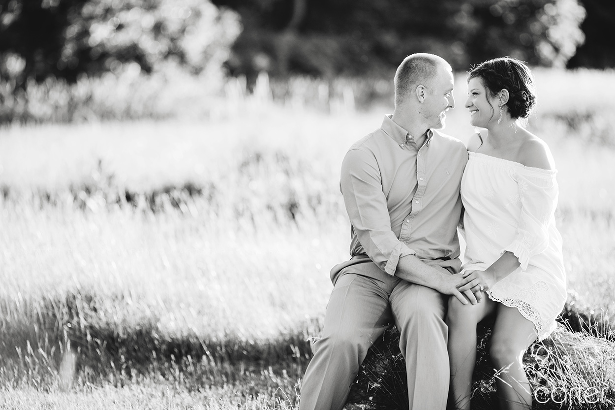 Iowa City Field Engagement Session Pictures - Carter Photography