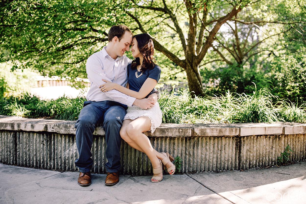 Loose Park Kansas City Engagement Pictures Photographers - Carter Photography