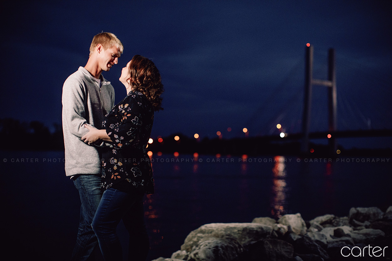 Burlington Iowa Engagement Session Pictures Photographers - Carter Photography