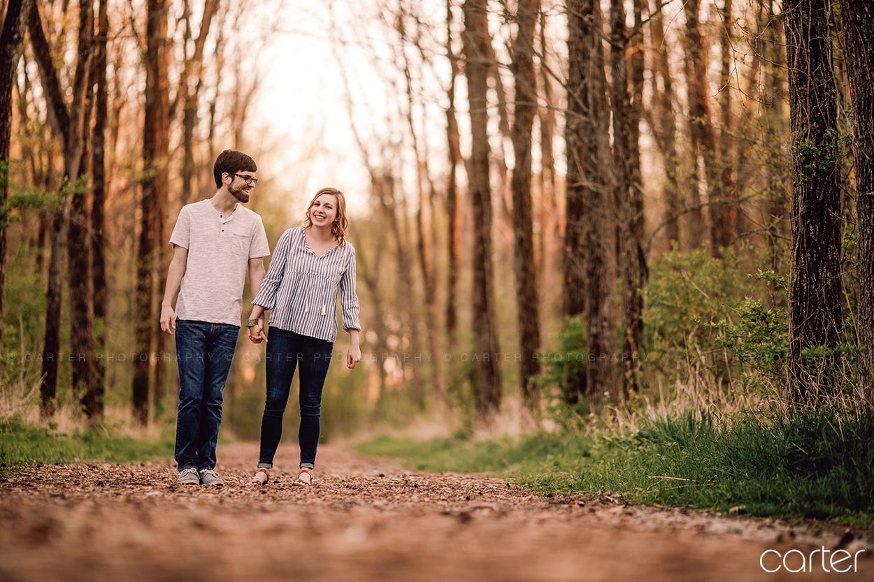 Outdoorsy Cedar Rapids Engagement Pictures Morgan Creek Park - Carter Photography