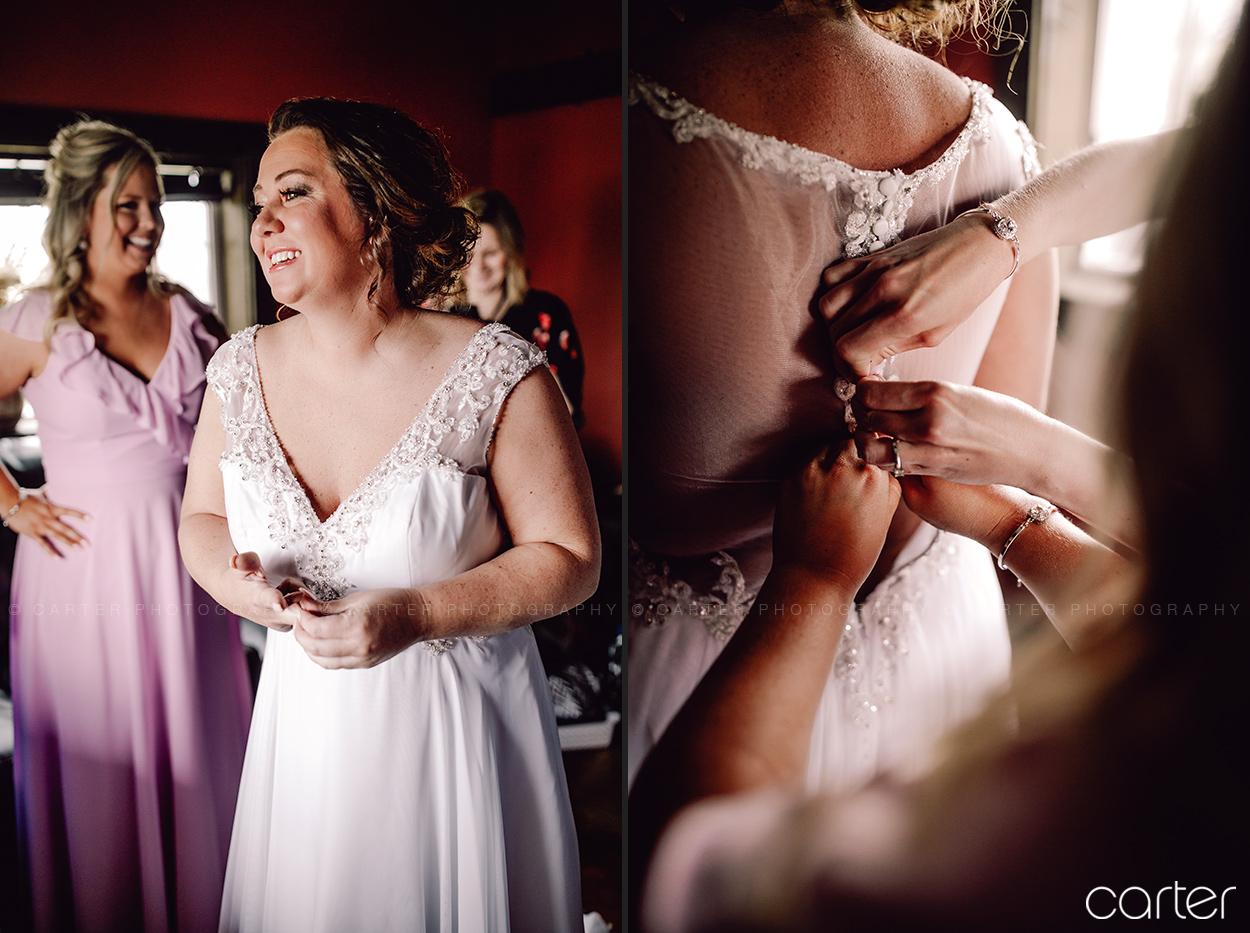 Bride Getting Ready Dress Barn on the Ridge Wedding Pictures Burlington Iowa Carter Photography