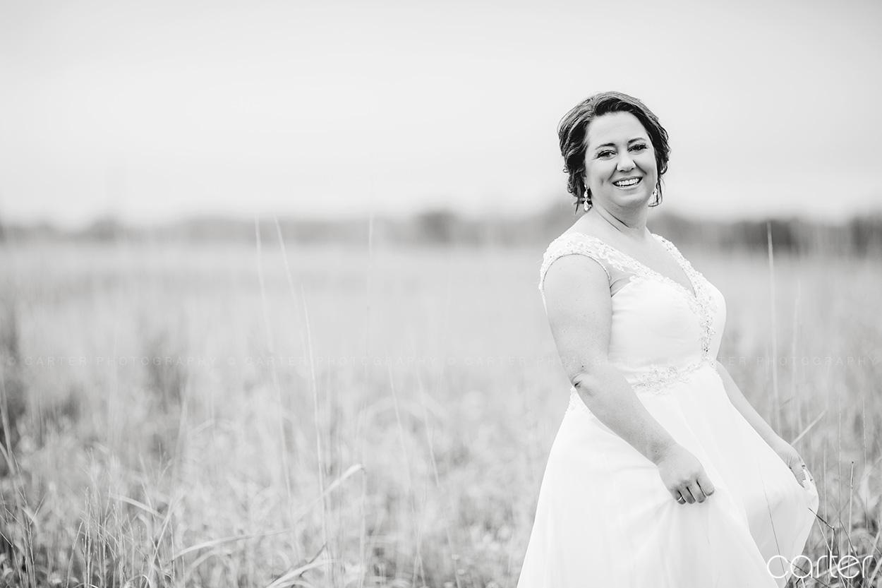 Bride Barn on the Ridge Wedding Pictures Burlington Iowa Carter Photography