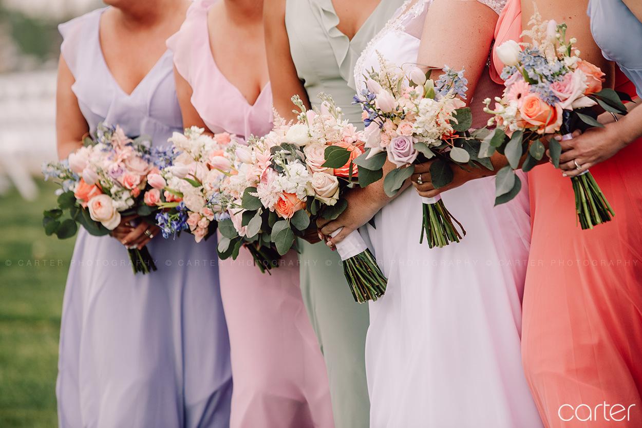 Bridesmaids Bouquet Flowers Barn on the Ridge Wedding Pictures Burlington Iowa Carter Photography