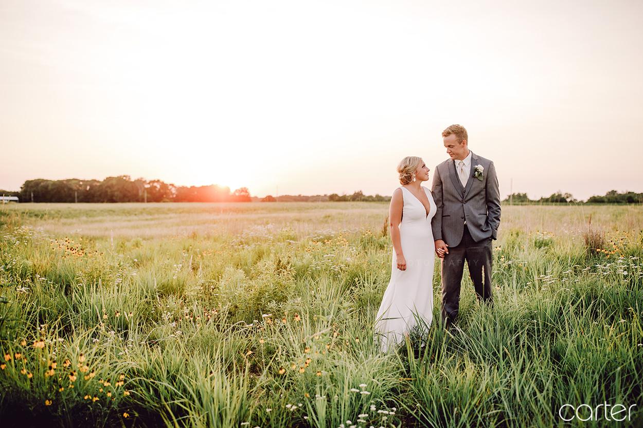 Barn on the Ridge Wedding Pictures Burlington Iowa Photographers Carter Photography