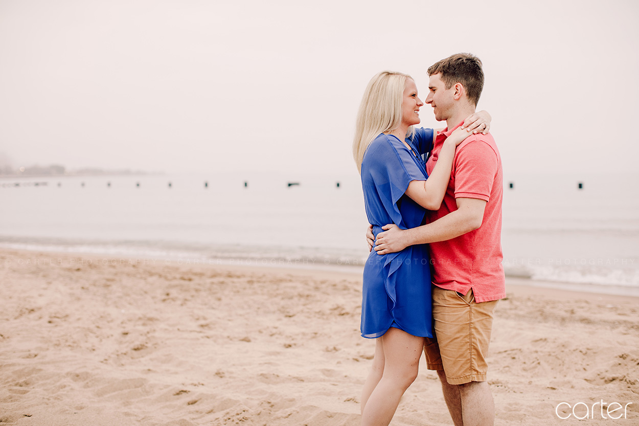 Chicago Engagement Session Pictures Lake Michigan Beach Carter Photography