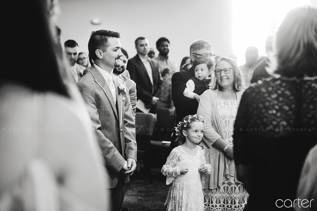 Cedar Rapids Wedding Photographers - Carter Photography - King of Kings Church