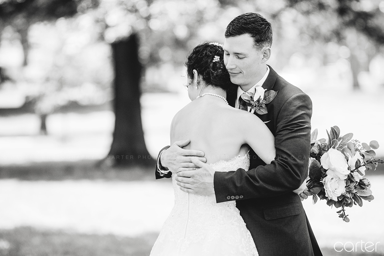 Cedar Rapids Iowa Wedding Photographers Carter Photography - Arterra Event Gallery Lawrence Kansas