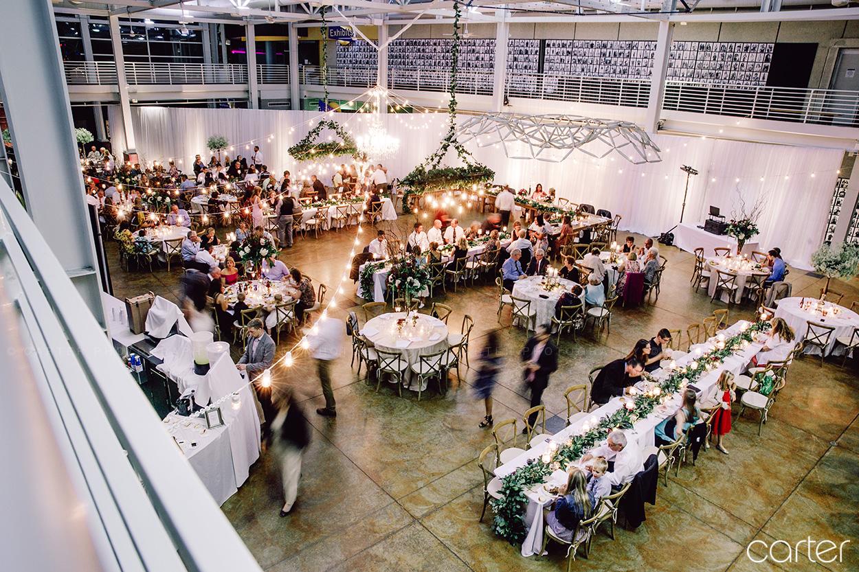Putnam Museum Davenport Iowa Wedding Pictures Quad Cities Photographers - Carter Photography