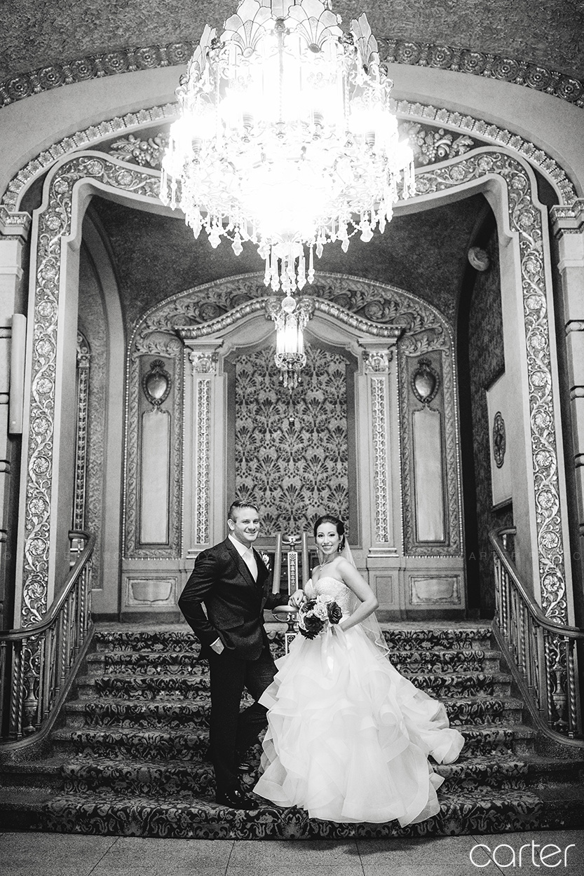 Paramount Theatre Wedding Pictures Cedar Rapids Photographers - Carter Photography