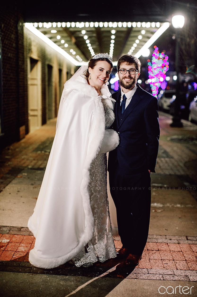 Paramount Theatre Wedding Pictures Cedar Rapids Iowa Photographers - Carter Photography