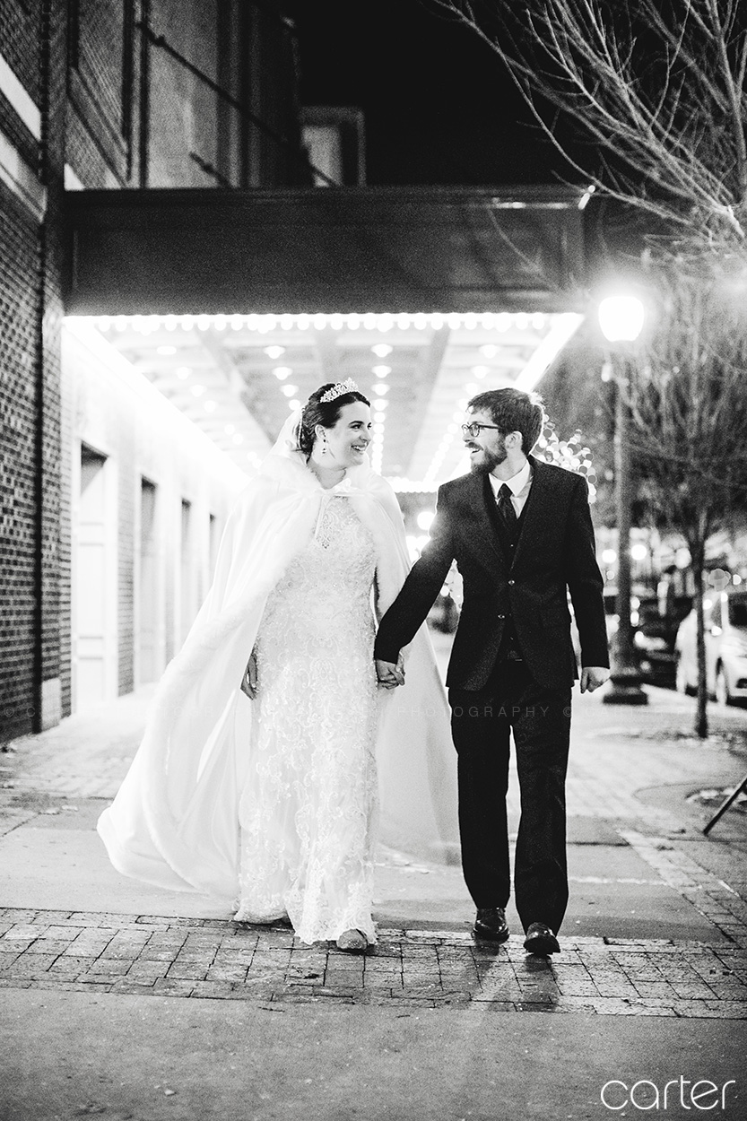 Paramount Theatre Wedding Pictures Cedar Rapids Iowa Photographers - Carter Photography