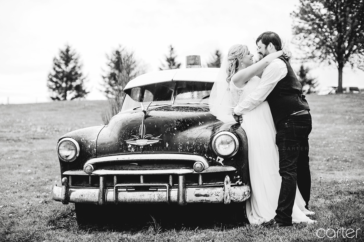 Dubuque Peosta Wedding Photographers Pictures Hillside Event Center - Carter Photography