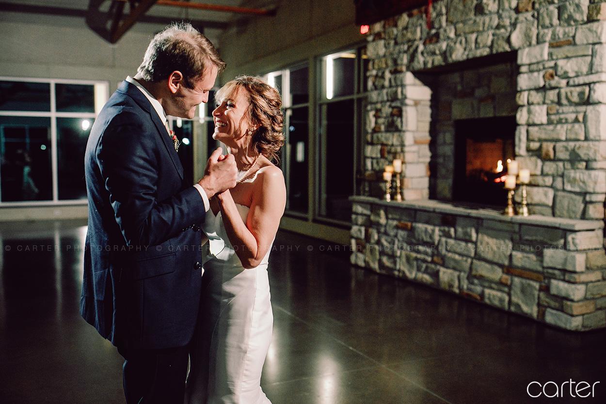 Ushers Ferry Wedding Pictures Cedar Rapids Iowa Photographers Carter Photography