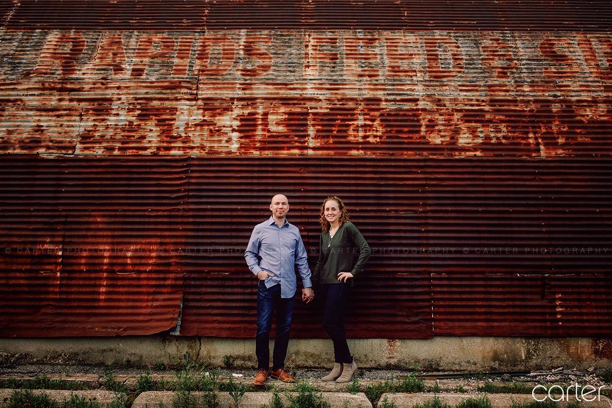 Cedar Rapids Engagement Pictures Photographers Carter Photography