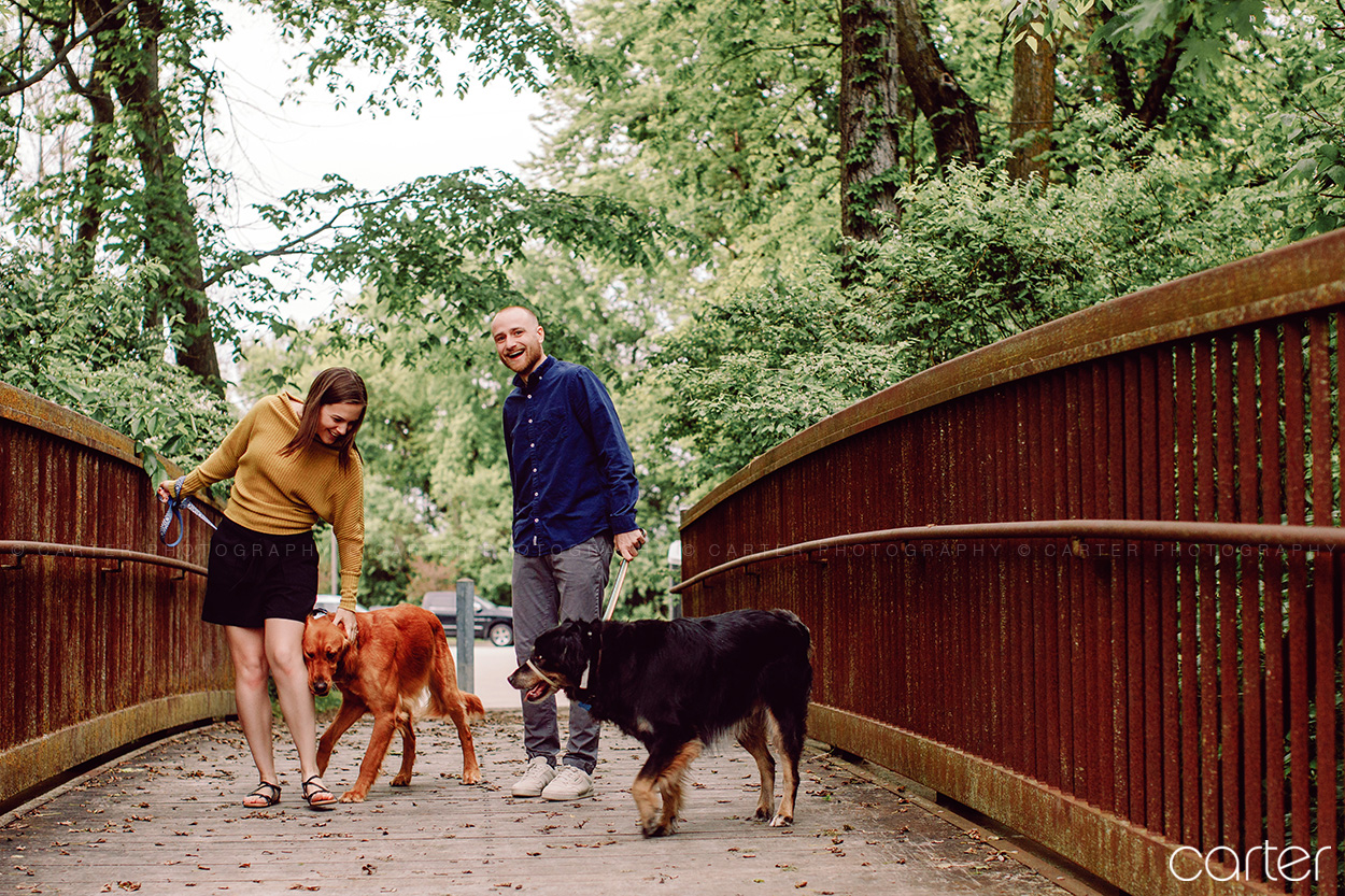 Des Moines Engagement Session Pictures With Dogs Carter Photography