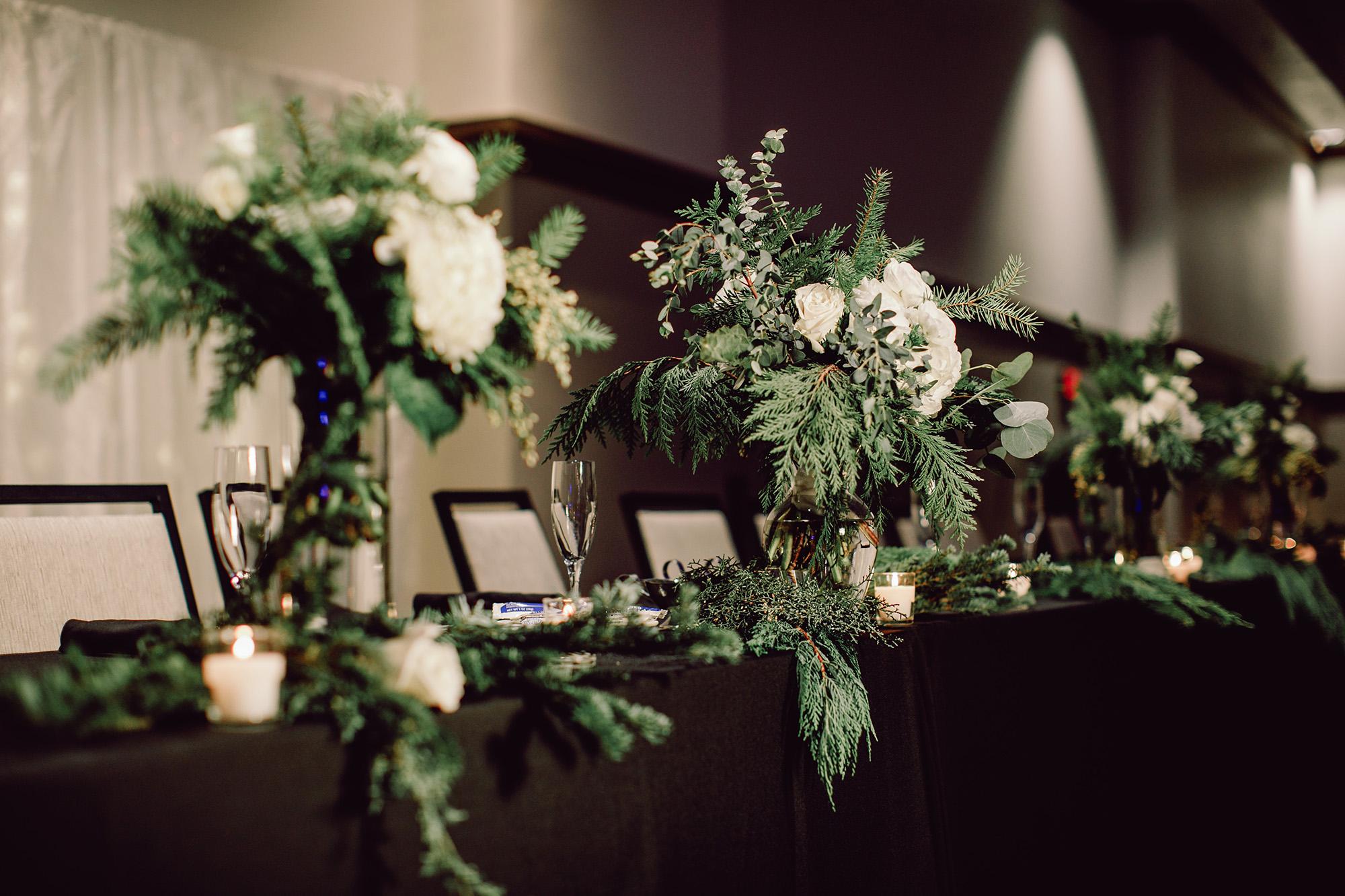 Burlington Iowa Wedding Photographers Pzazz New Year's Eve Wedding Pictures Carter Photography