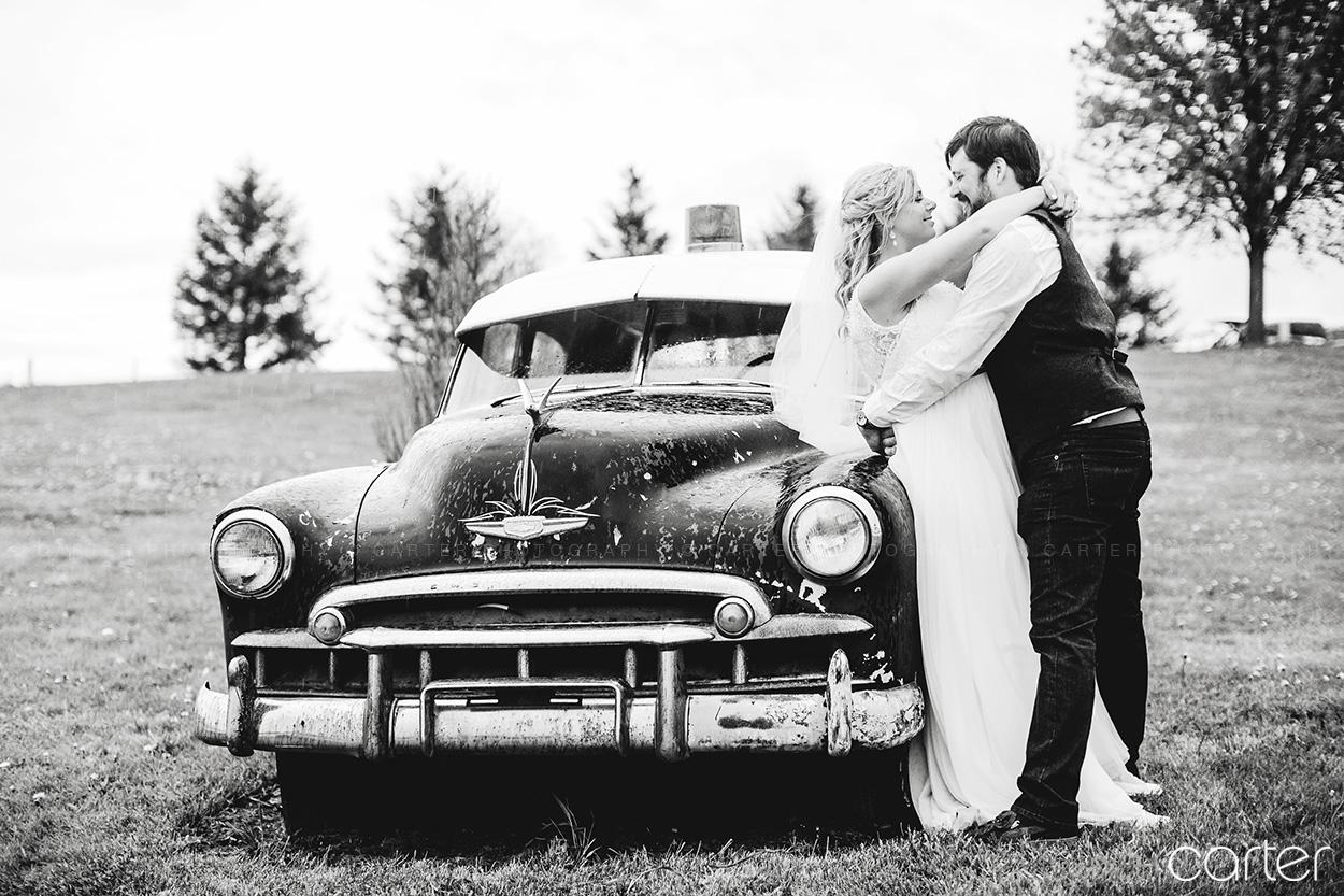 Dubuque Peosta Wedding Photographers Pictures Hillside Event Center - Carter Photography