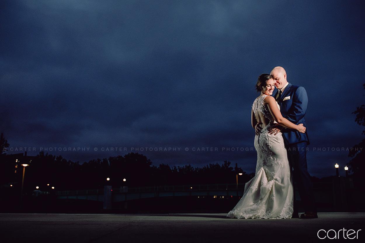 Iowa Memorial Union IMU Wedding Pictures Iowa City Photographers - Carter Photography